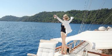 Bahamas Catamaran Charters Day Tours